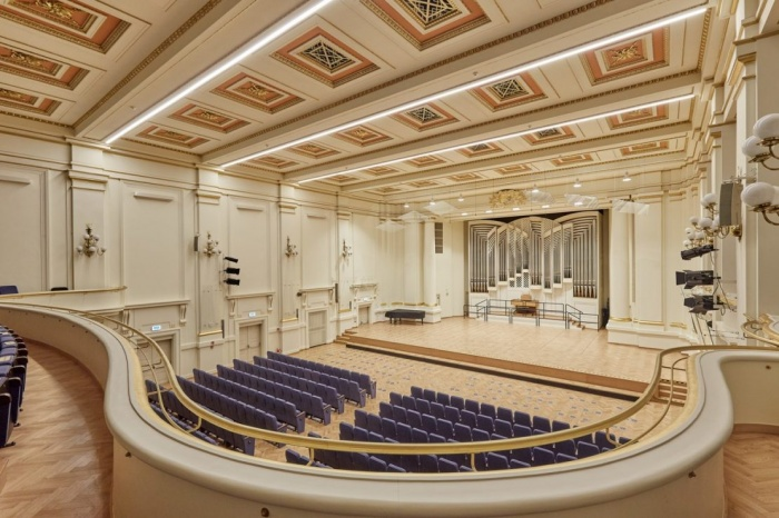 https://luxiona.com/projects/projects/arquitectural/202009-cracow philharmonic/Cracow Philharmonic-luxiona-1.jpg