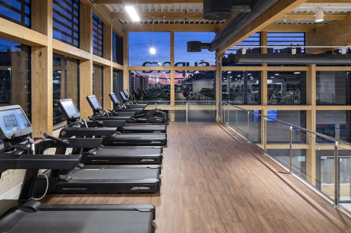 https://luxiona.com/projects/projects/sports/supera/03-Supera Gym-Lighting Project-Luxiona-Troll.jpg.jpg
