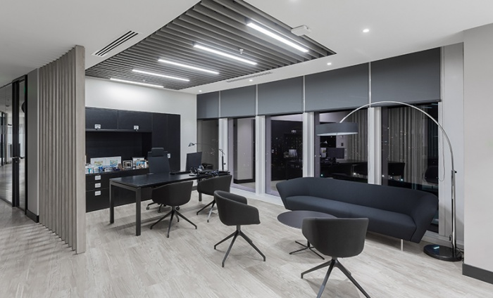 https://www.luxiona.com/projects/projects/office/SAMM CHILE/Samm_3.jpg