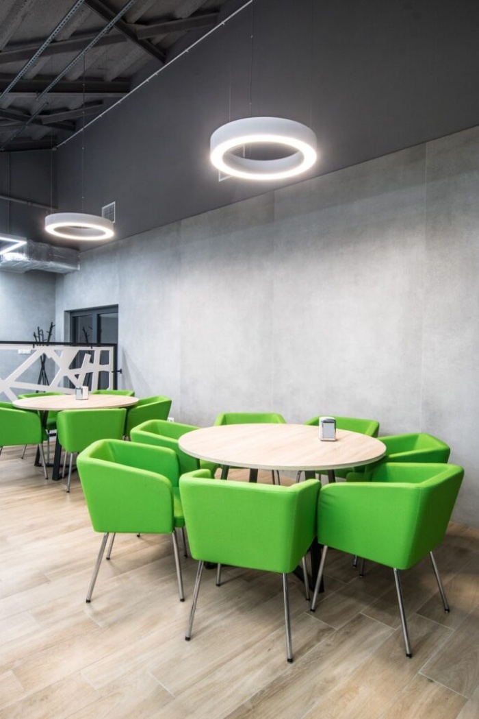 https://www.luxiona.com/projects/projects/hospitality/Marie Curie Canteen/luxiona-lighting-lublin-marie-curie-canteen-9.jpg