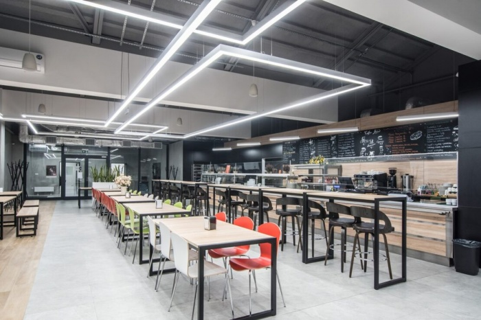 https://www.luxiona.com/projects/projects/hospitality/Marie Curie Canteen/luxiona-lighting-lublin-marie-curie-canteen-1.jpg