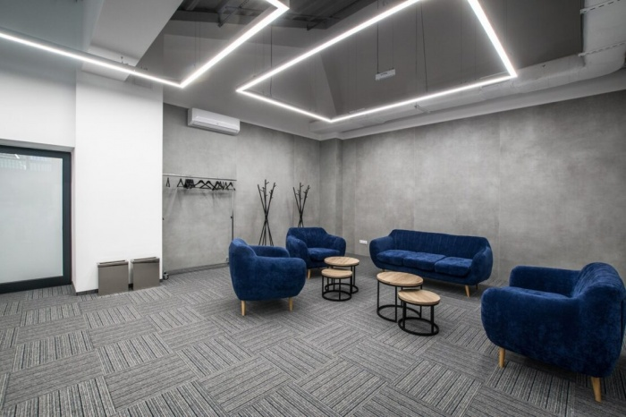 https://www.luxiona.com/projects/projects/hospitality/Marie Curie Canteen/luxiona-lighting-lublin-marie-curie-canteen-21.jpg