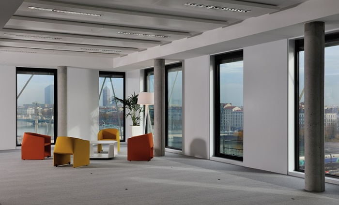 https://www.luxiona.com/projects/projects/office/confluence lyon/confluence_1.jpg
