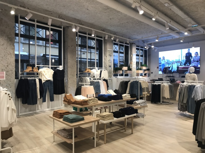 https://luxiona.com/projects/projects/retail/Camaieu Lyon/02-Camaieu Lyon France Project-Luxiona.jpg