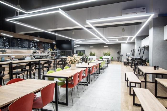 https://www.luxiona.com/projects/projects/hospitality/Marie Curie Canteen/luxiona-lighting-lublin-marie-curie-canteen-6.jpg