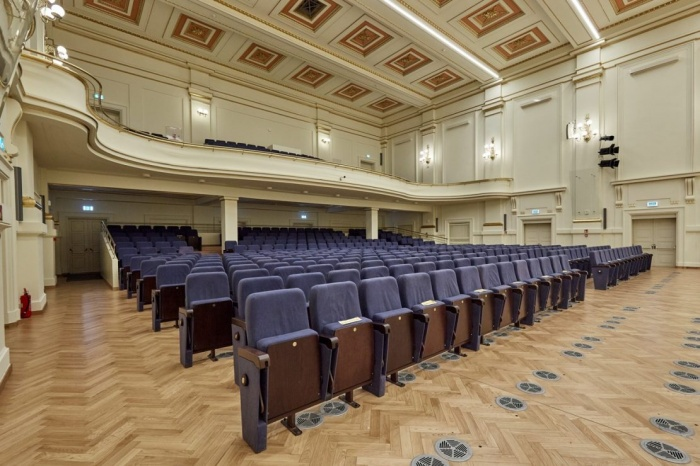 https://luxiona.com/projects/projects/arquitectural/202009-cracow philharmonic/Cracow Philharmonic-luxiona-7.jpg