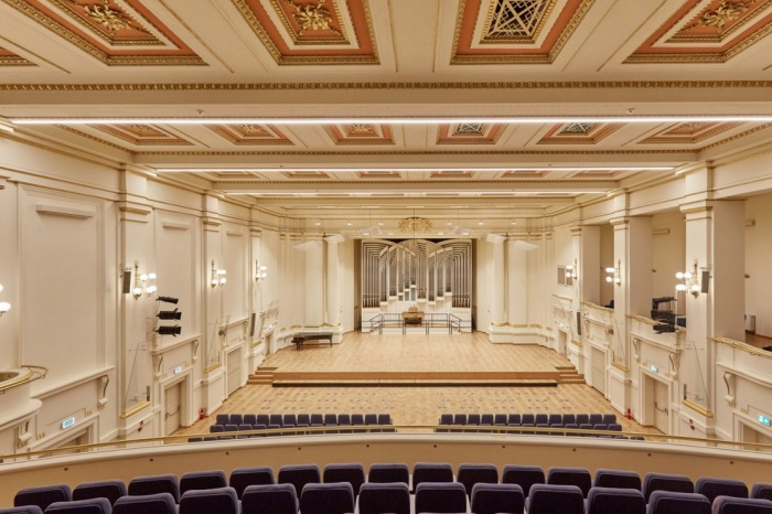 https://luxiona.com/projects/projects/arquitectural/202009-cracow philharmonic/Cracow Philharmonic-luxiona-9.jpg