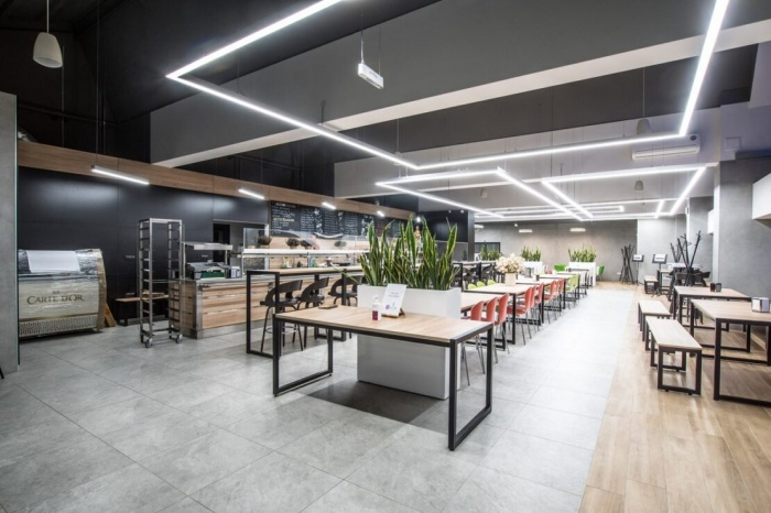 https://www.luxiona.com/projects/projects/hospitality/Marie Curie Canteen/luxiona-lighting-lublin-marie-curie-canteen-13.jpg